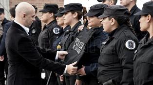 Entregaron la última tanda de chalecos antibala para la Policía de la Ciudad