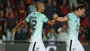Colón consiguió ante Tigre su sexta victoria consecutiva