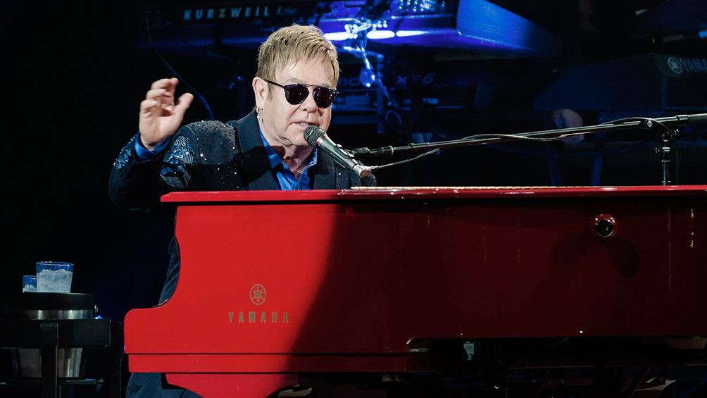 Elton John se lleva el Oscar por la canción en su película biográfica