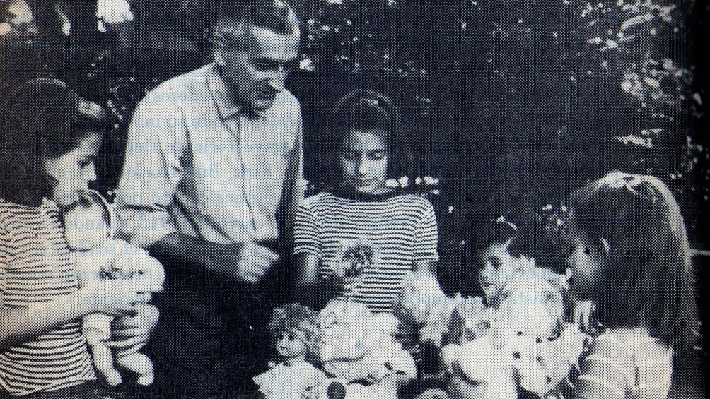 Héctor Oesterheld y sus dos hijas, también secuestradas en 1977