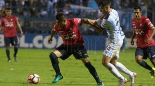 Atlético Tucumán ganó y mantiene chances en la Libertadores