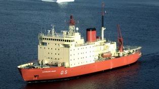 Después de 10 años, el rompehielos Almirante Irízar volvió a navegar