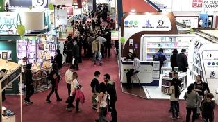 Con caída de ventas y estrategias promocionales, cierra la 45° Feria del Libro