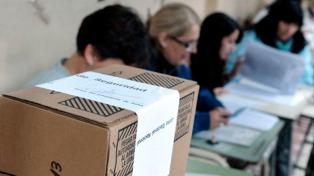 Una de las incógnitas de estas PASO es si la afluencia de votantes seguirá en descenso