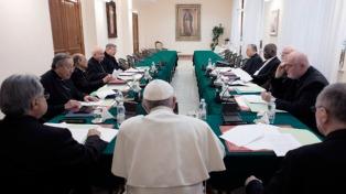 Francisco avanza con la reforma de la Constitución de la Curia romana