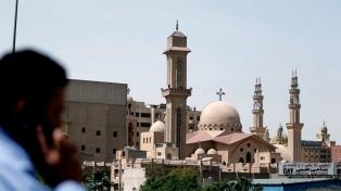 Un sacerdote copto fue asesinado en El Cairo