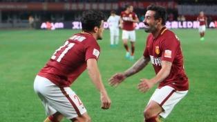 Luego de casi diez meses, Lavezzi marcó para el Hebei en China