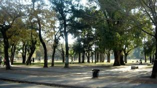 Domingo soleado y fresco, con una máxima de 26 grados en la ciudad de Buenos Aires