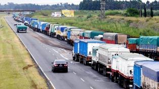 Protesta de camioneros complica el tránsito en zonas de la Ciudad y el Conurbano