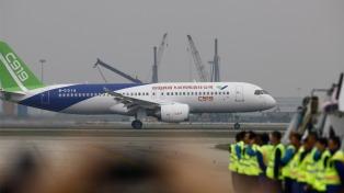 Realizó su vuelo inaugural el primer avión chino de pasajeros de gran tamaño