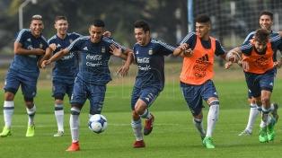 """Argentina entrenó sin tres jugadores del """"Pincha"""", ni Martínez de Racing"""