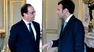 Hollande lanzó duras críticas contra Macron