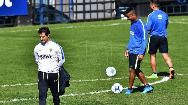 El presidente Macri almuerza con el entrenador de Boca antes del superclásico