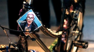 """""""Arte en dos ruedas"""": una subasta que propone la solidaridad y la sustentabilidad"""