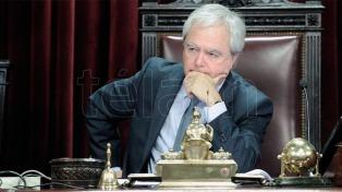 Pinedo analizó un proyecto de ley para regular el lobby