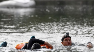 En los lagos de Palermo, 80 efectivos recrearon el rescate de víctimas de una inundación extrema