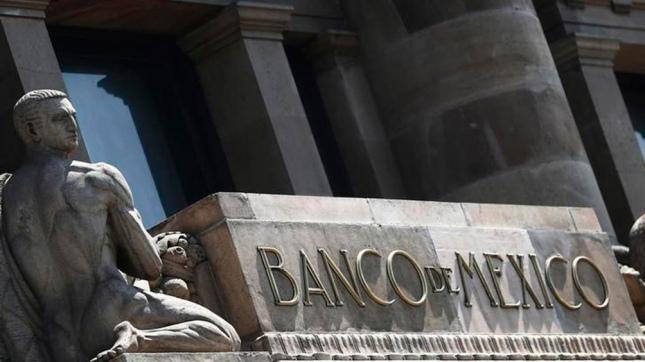 Banco de México aprieta aún más las tasas de interés