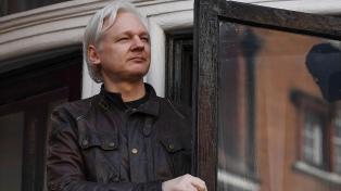 Ecuador bloqueó las comunicaciones de Assange en su embajada en Londres