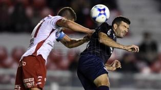 Independiente venció en la agonía a Huracán en Avellaneda