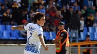 Godoy Cruz le ganó a Vélez con solvencia