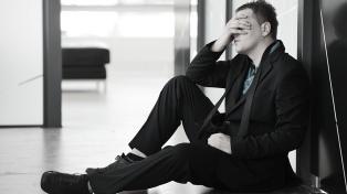 El desempleo de los jóvenes triplica al de los adultos
