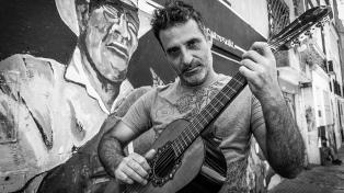 """Pablo Grinjot estrena su disco-libro """"La dueña de mi poesía"""""""