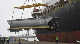Llegaron al país 156 vagones de carga para recuperar las líneas ferroviarias San Martín y Belgrano
