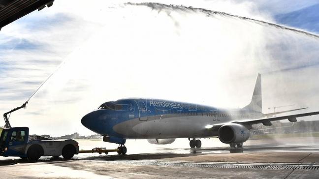 Dietrich destacó el crecimiento de Aerolíneas Argentinas, que presentó nuevo avión
