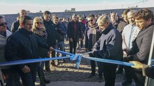 Das Neves inauguró obras cloacales para 10 mil habitantes de Playa Unión