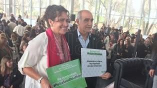 La ministra de Salud bonaerense destacó la reducción de la mortalidad materna
