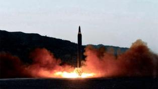 """Pyongyang defendió su """"derecho legítimo"""" a lanzar cohetes con satélites"""