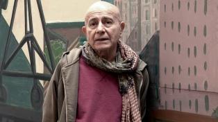 El poeta argentino Hugo Mujica ofrecerá una conferencia en el Malba