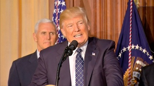 "Trump carga de nuevo contra el ex jefe del FBI, al que acusa de decir ""mentiras"""