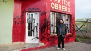 Pintadas en la sede de gremio docente santacruceño y en el PO