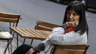 """Según Claudia Piñeiro, """"los políticos buscan discursos efectivos para conseguir votos"""""""