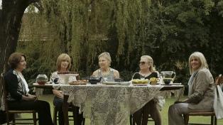"""En """"Ensayo de despedida"""", Macarena Albalustri filma su duelo para decirle adiós a su madre"""