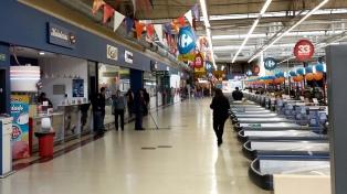 El gremio de Comercio, en alerta por la situación de Carrefour