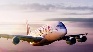La empresa Qatar Airways desvió las rutas de sus vuelos a Europa, EEUU y Africa