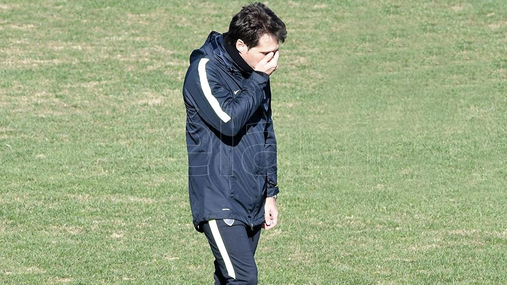 Barros Schelotto sufre por la lesión de Jara (foto archivo)