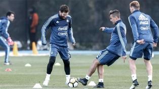 Sampaoli probó con Gómez y Maidana para jugar frente a Brasil