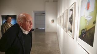 El fotógrafo y cineasta francés Raymond Depardon presenta su trabajo en el Recoleta