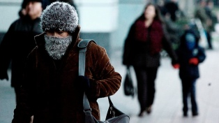 """Pronostican """"masa de frío polar"""" para la Región Metropolitana"""