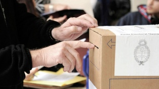 El PJ bonaerense rechazó que se desdoblen las elecciones