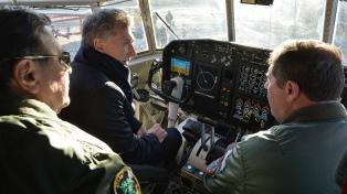 El presidente Macri visitó el primer avión Hércules remodelado íntegramente en el país