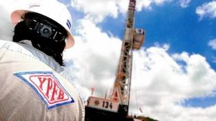 Detienen a la gerente legal de YPFB Andina, empresa asociada a Repsol, huía a la Argentina