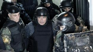 Según EEUU,100 mil dólares hallados en los bolsos de López pasaron por el banco Finasur