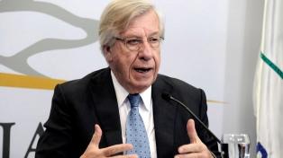 Astori anticipó que se deberá debatir una reforma de la seguridad social