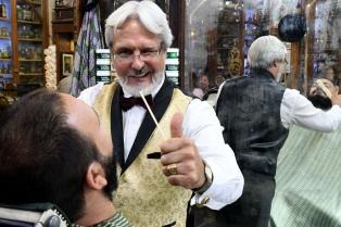 Miguel Barnes, el hombre que marcó el renacimiento de los barberos
