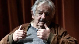 """""""Lamento que no haya una ley de duelo"""", afirmó José Mujica"""