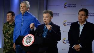 Santos dijo que hay tres hipótesis y ofreció recompensa por los autores del atentado